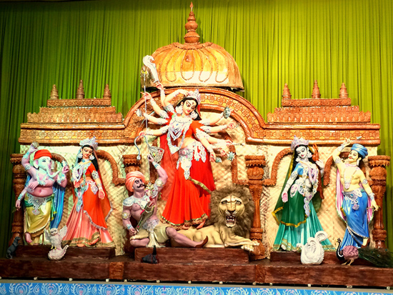 Delhi feast on festivities Durga Puja at Mini Bengal